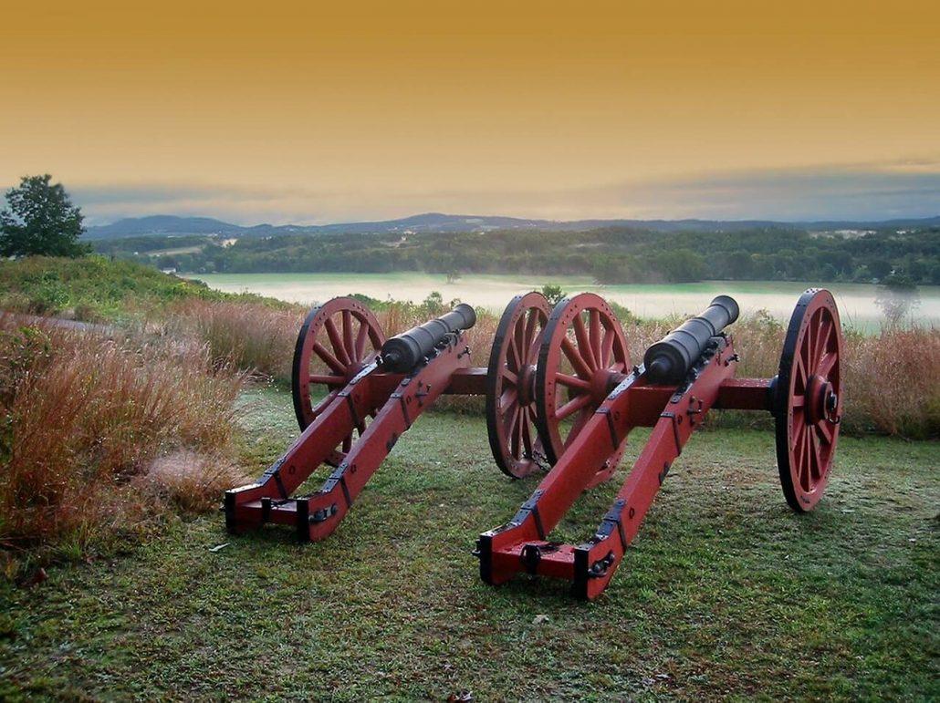 civil war chess set cannons