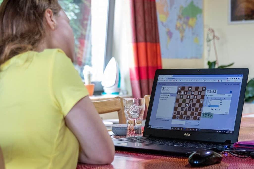 online reddit chess tournament