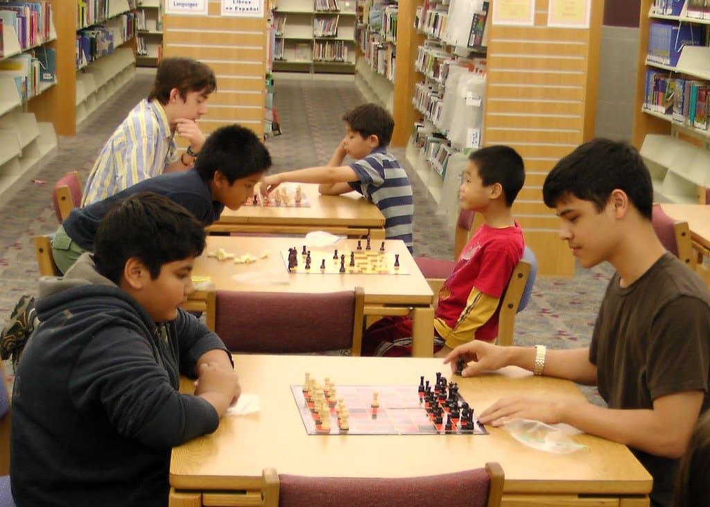 chess clubs near me friends