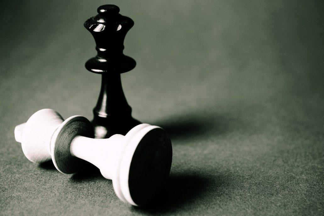 dragon chess set queen