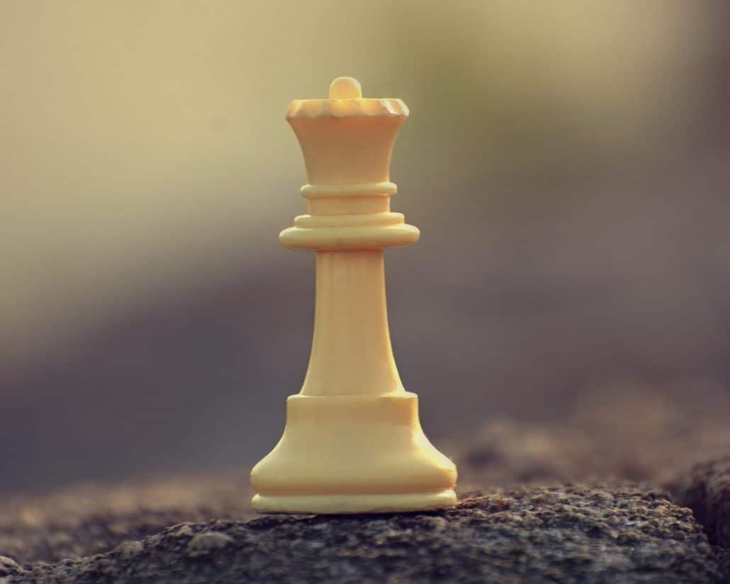 queen chess piece sacrifice