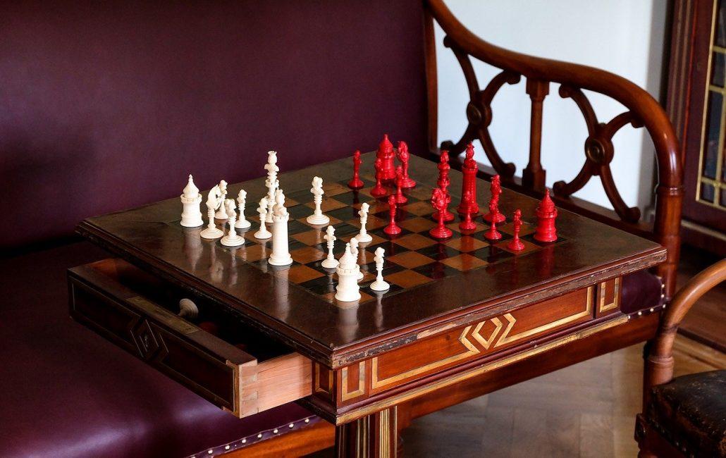 chess gambit tactics