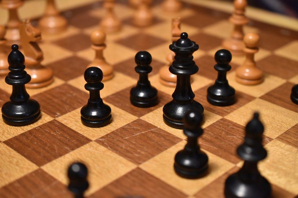 Benoni-defense-chess