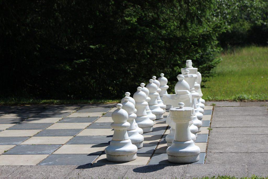 budapest-gambit-play