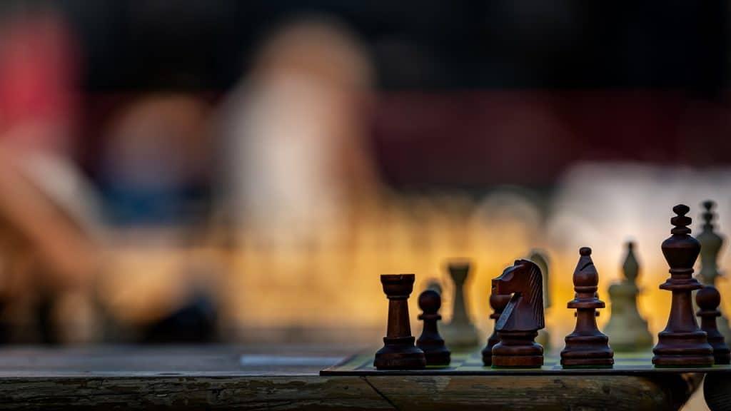 Lolli-attack-chess